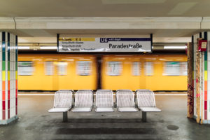 U6 Paradestraße