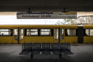 U6 Holzhauser Straße