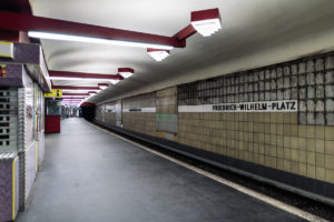 U9 Friedrich-Wilhelm-Platz