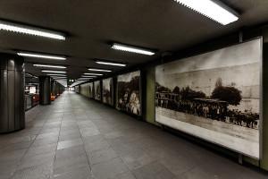 Historic photographs exhibited at Nagyvárad tér station