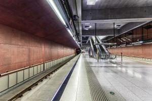 Platform of western M4 terminus Kelenföld vasútállomás